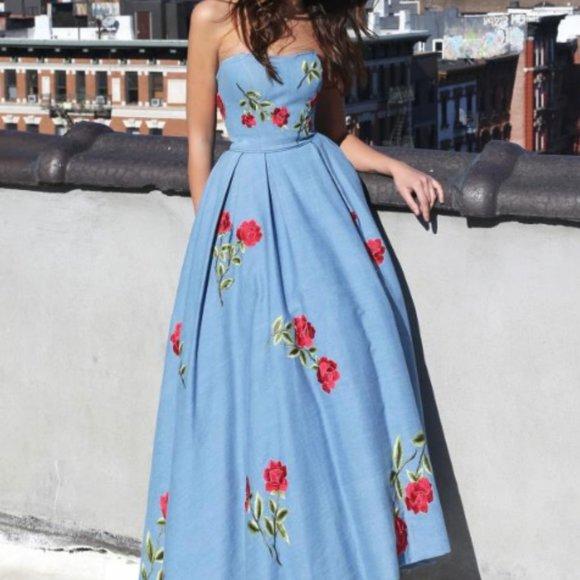 Wedding Dress/Night Gown/Ball Dress/Prom Dress